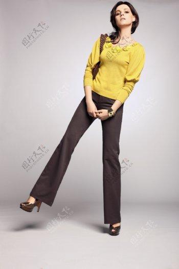 时尚女模特女装时尚休闲女裤人物图库女性女人摄影图库图片
