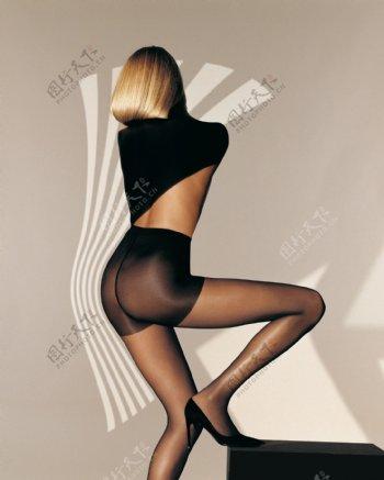 丝袜美女人体艺术图片