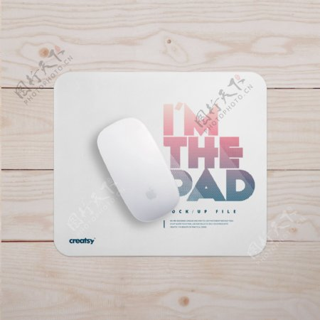 鼠标垫样机桌面苹果鼠标