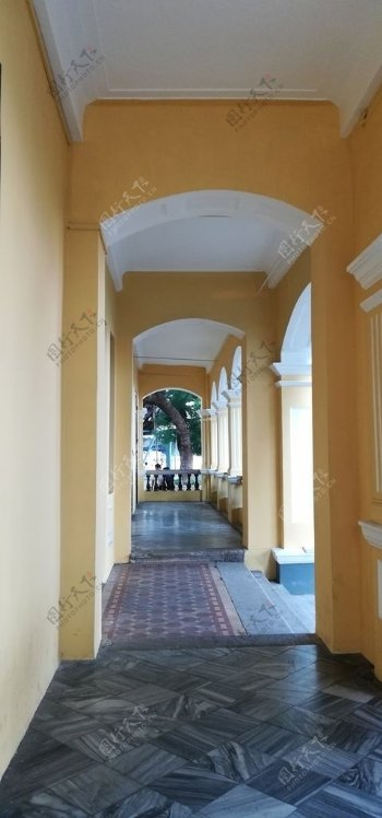 欧式建筑走廊