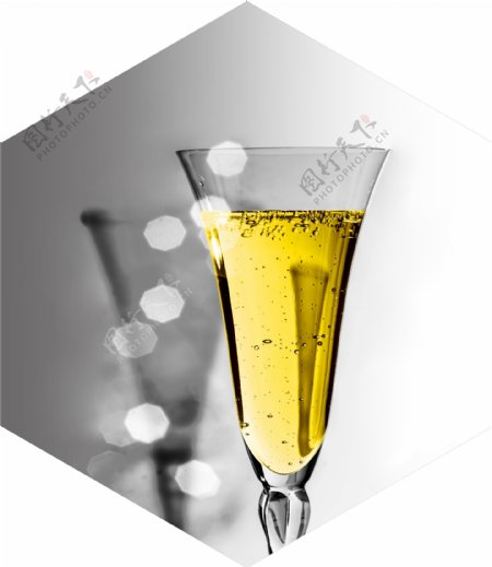 六边形酒杯装饰画图片