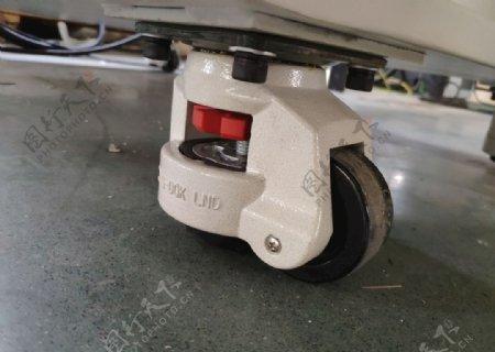 手持激光焊接设备滑轮图片