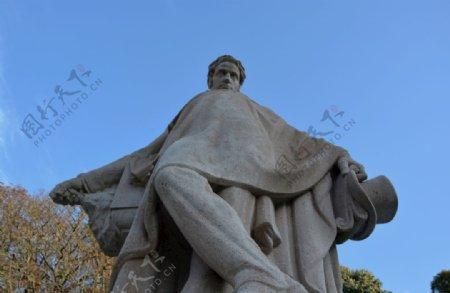 欧美风格的人物雕像图片