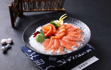 三文鱼薄切刺身图片