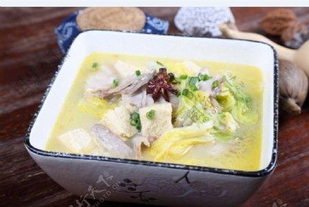 五花肉冻豆腐炖白菜图片