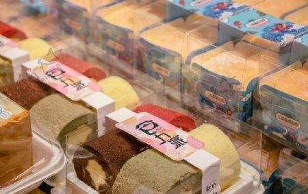 盒装蛋糕精致美味图片