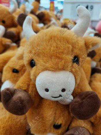 牛年娃娃吉祥物新年礼物礼品图片